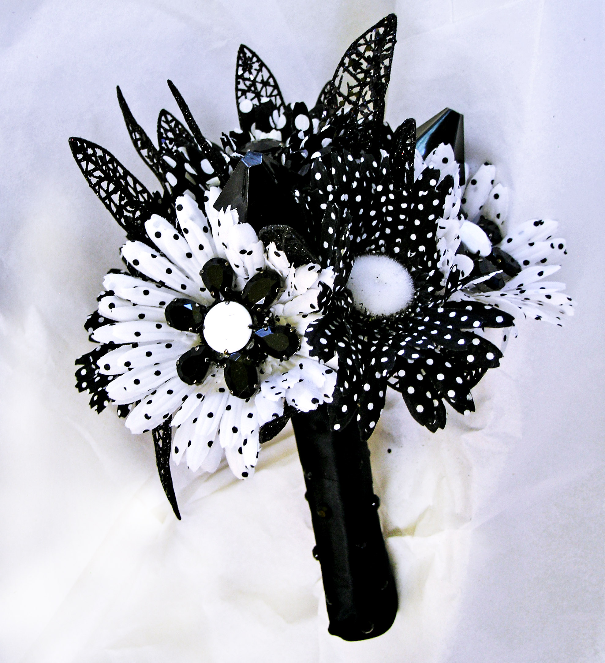 Black And White Wedding Mod Bridal Bouquet Retro Flowers On Luulla